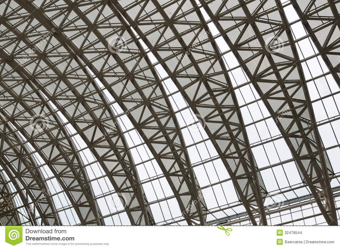 Curving Roof Trusses Stock Images - Image: 32478544