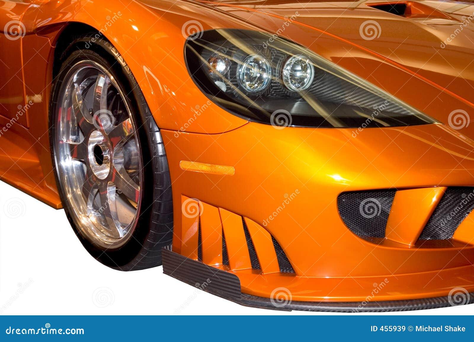 Cuscino ammortizzatore fronte di un automobile sportiva alla moda di Saleen