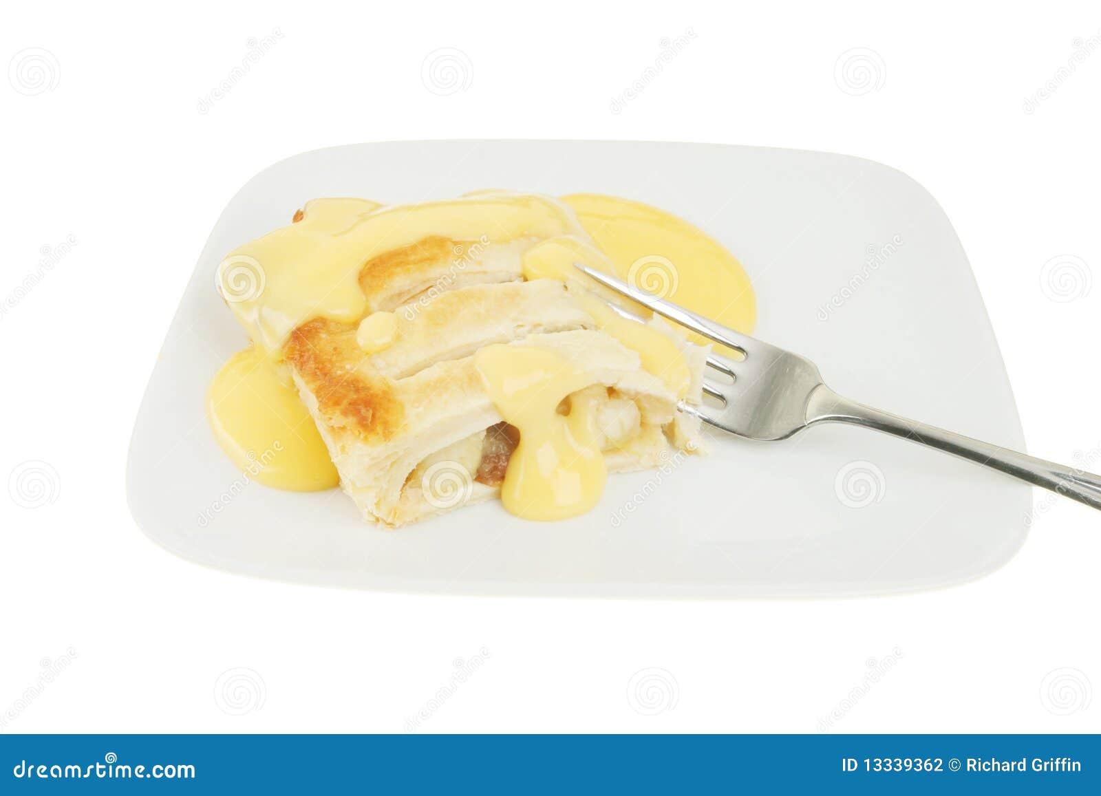 Custard jabłczany strudel