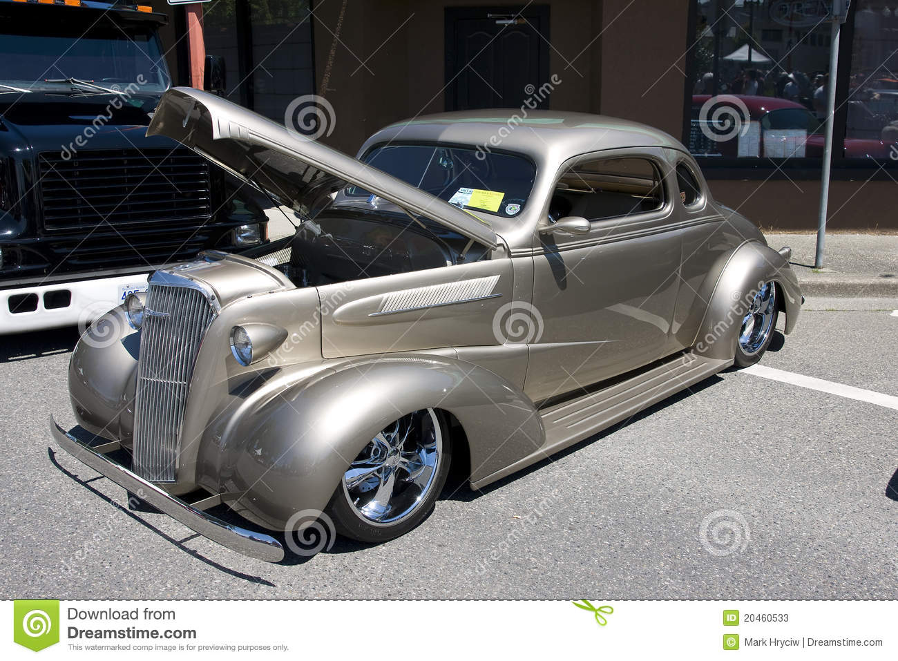 Custom Built Hot Rod Stock Photo 20460533 - Megapixl