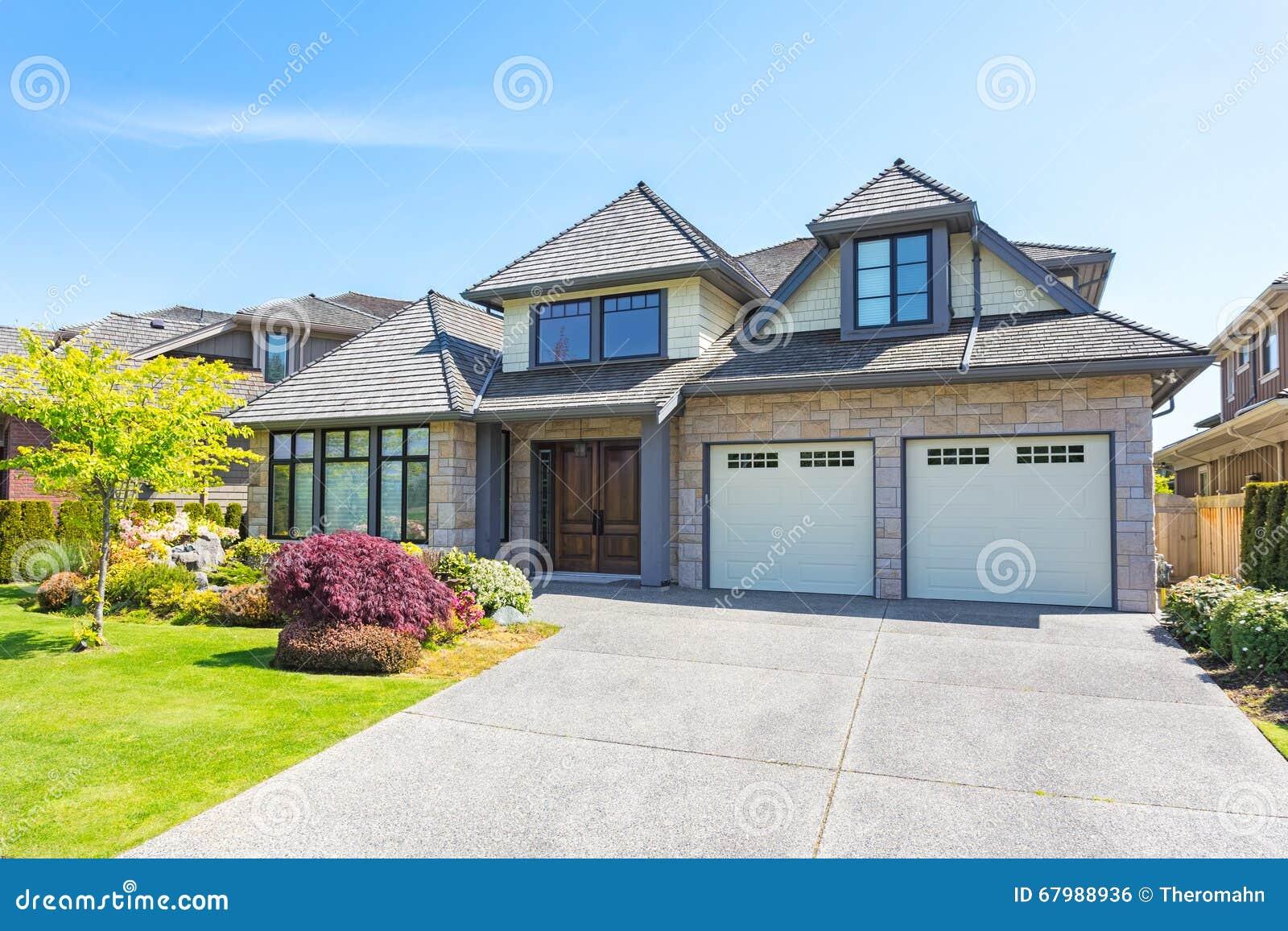 Custom Built House Stock Photo 67986846