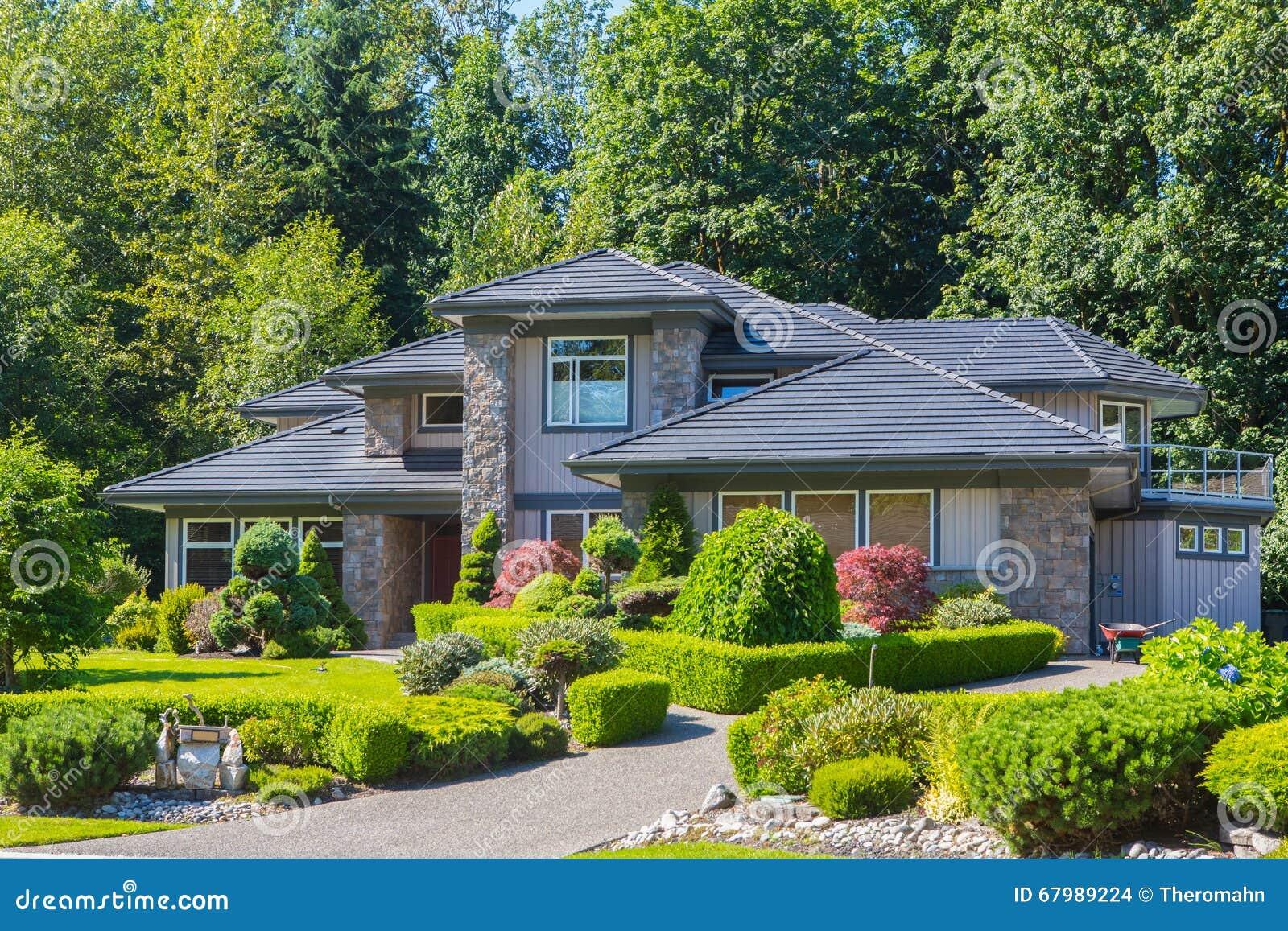Custom Built House Stock Photo Image 67989224