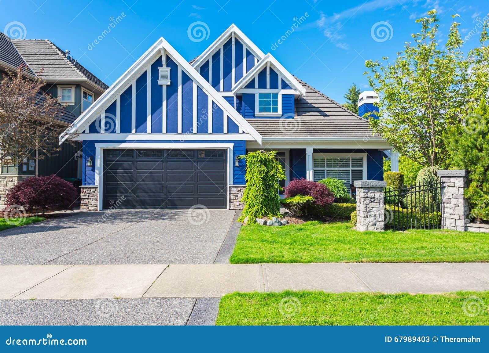 Custom Built House Stock Photo Image 67989403