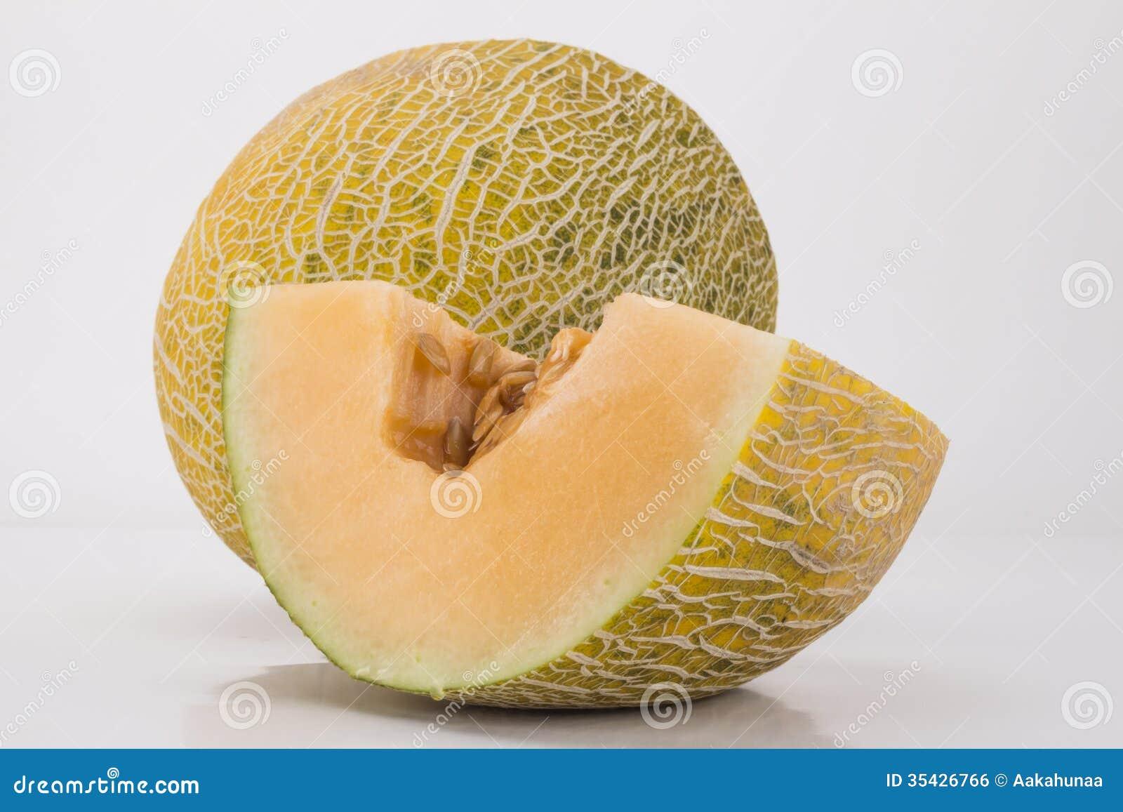 Cut the hami melon