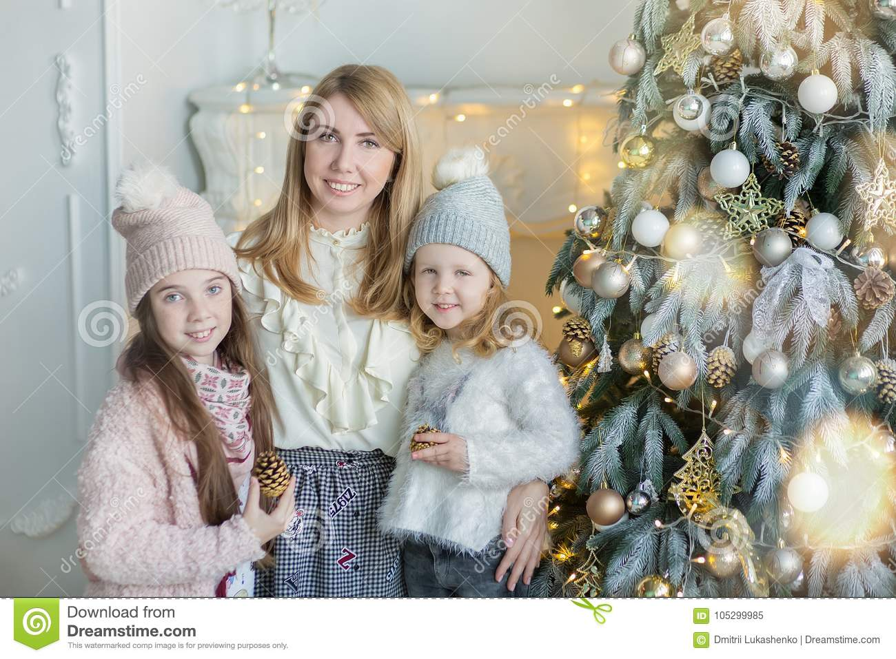 Cute Awesome Blond Mother Mom With Two Girls Daughters