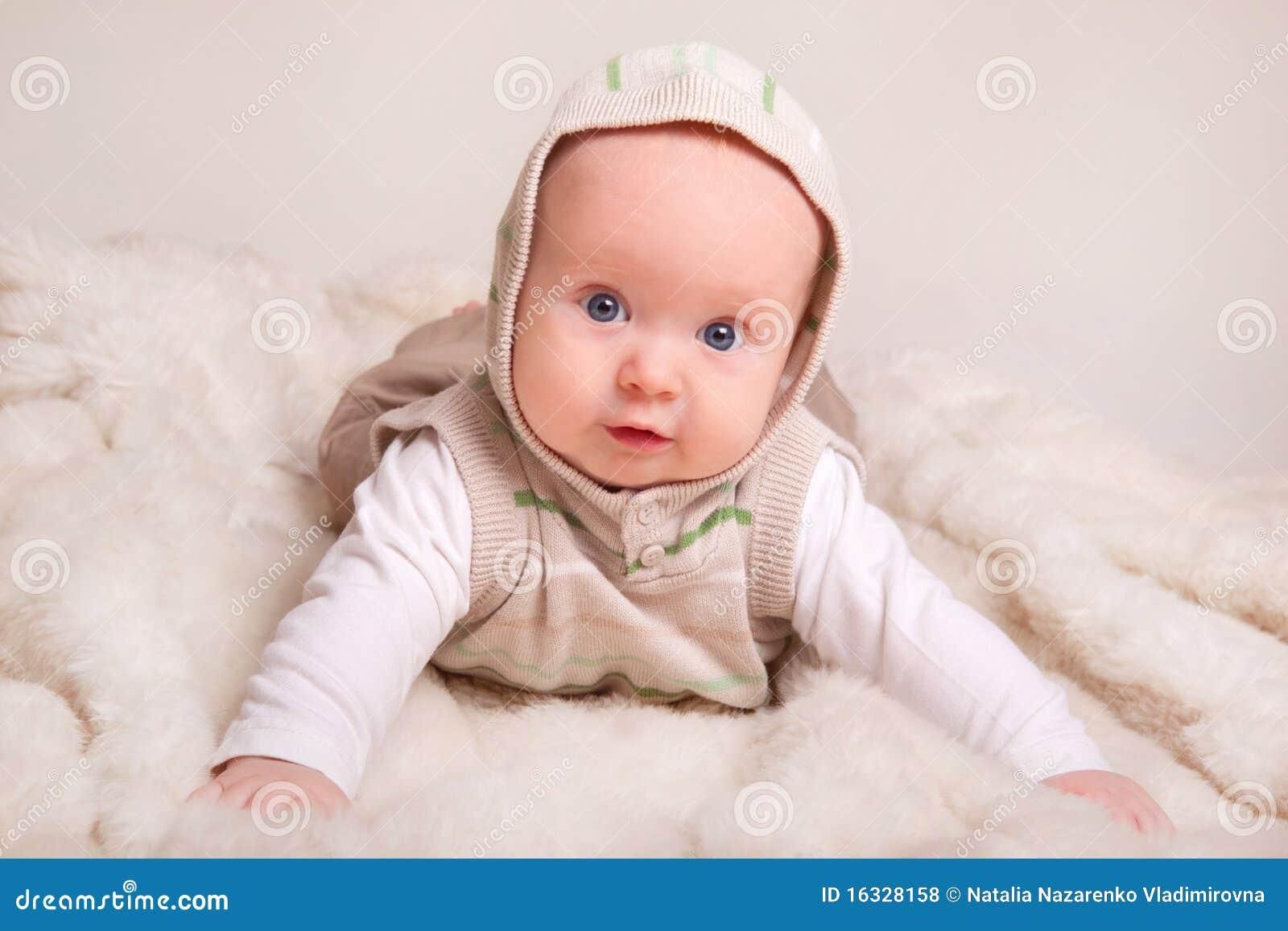 Baby 4 Monate Rote Wangen