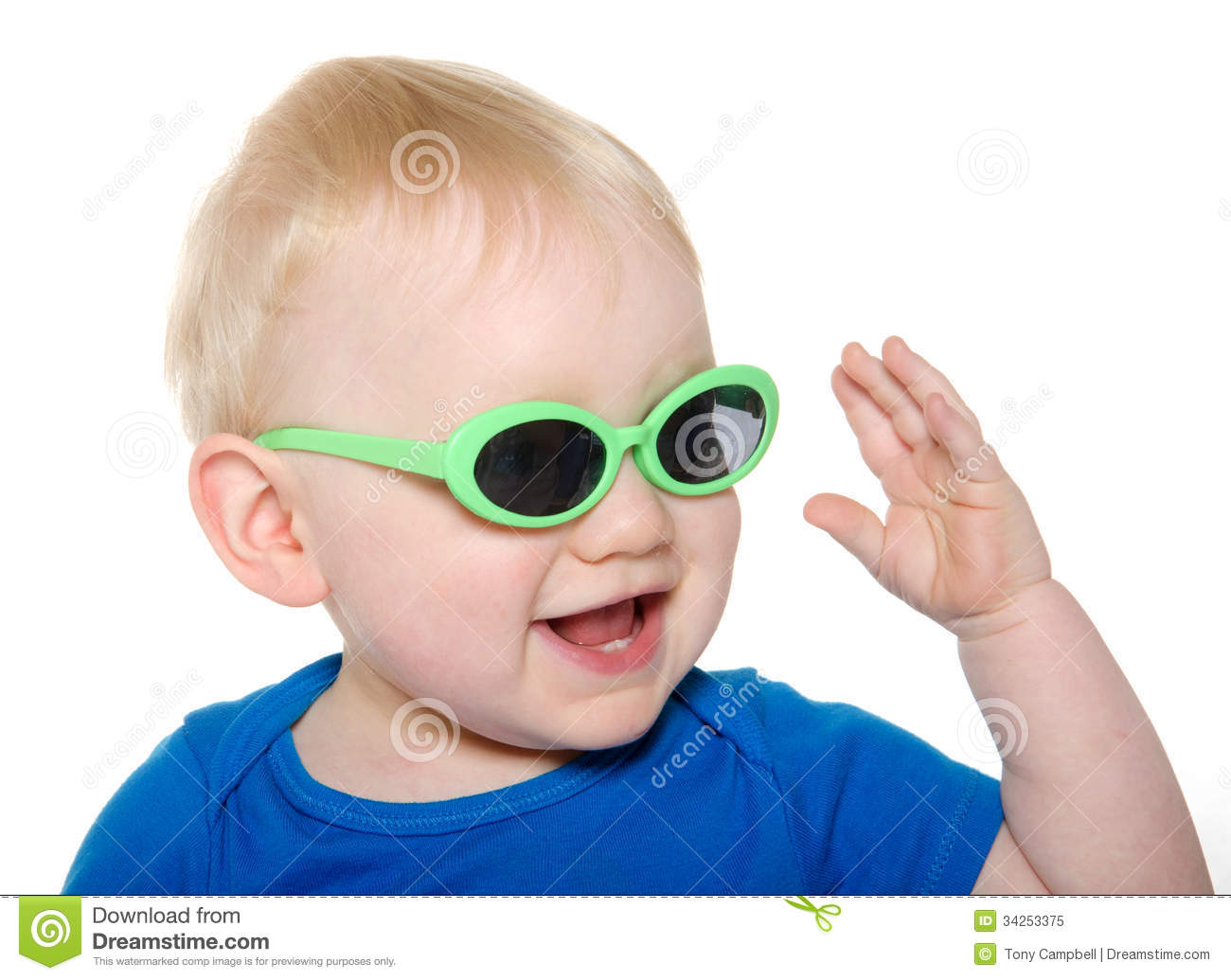Shop The Children's Place & protect those eyes of his with Toddler & Baby Boy sunglasses, avaialable in beloved retro styles.