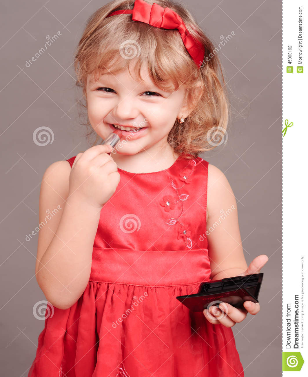 cute baby girl doing makeup stock photo - image of little, fashion