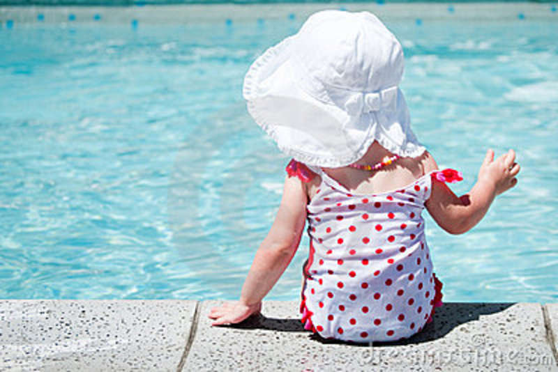 Royalty free stock images cute baby girl in pool image for Cute pool pictures