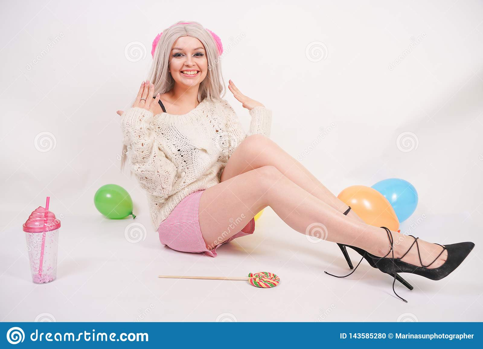 Chubby blonde teen shower