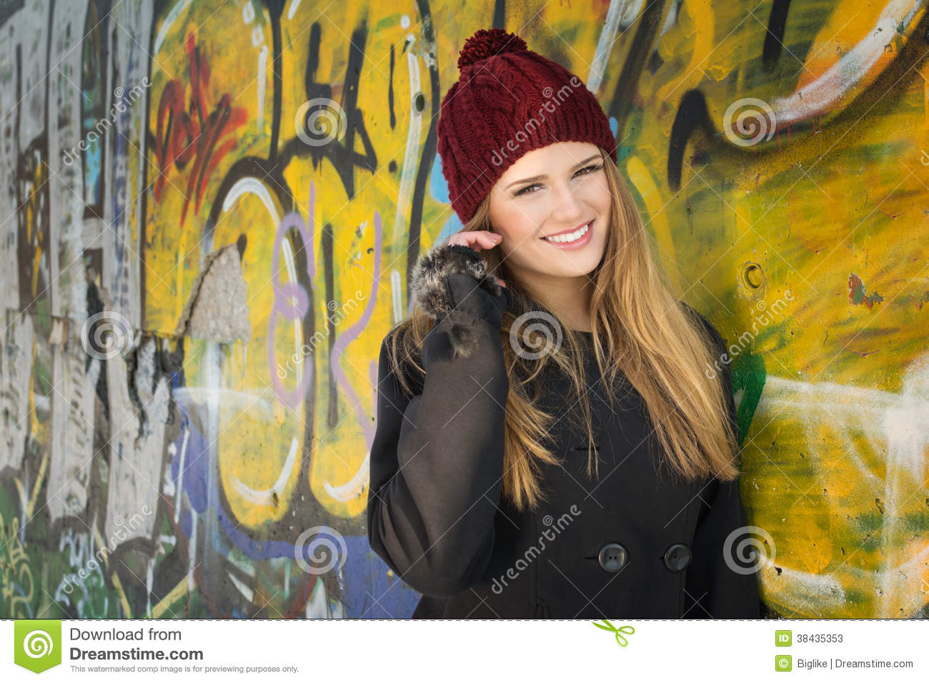 Absolutely useless. cute blonde teen girl faces