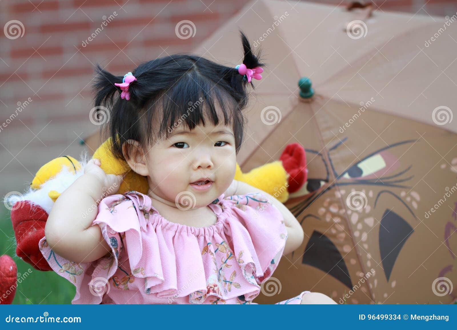 cute chinese children