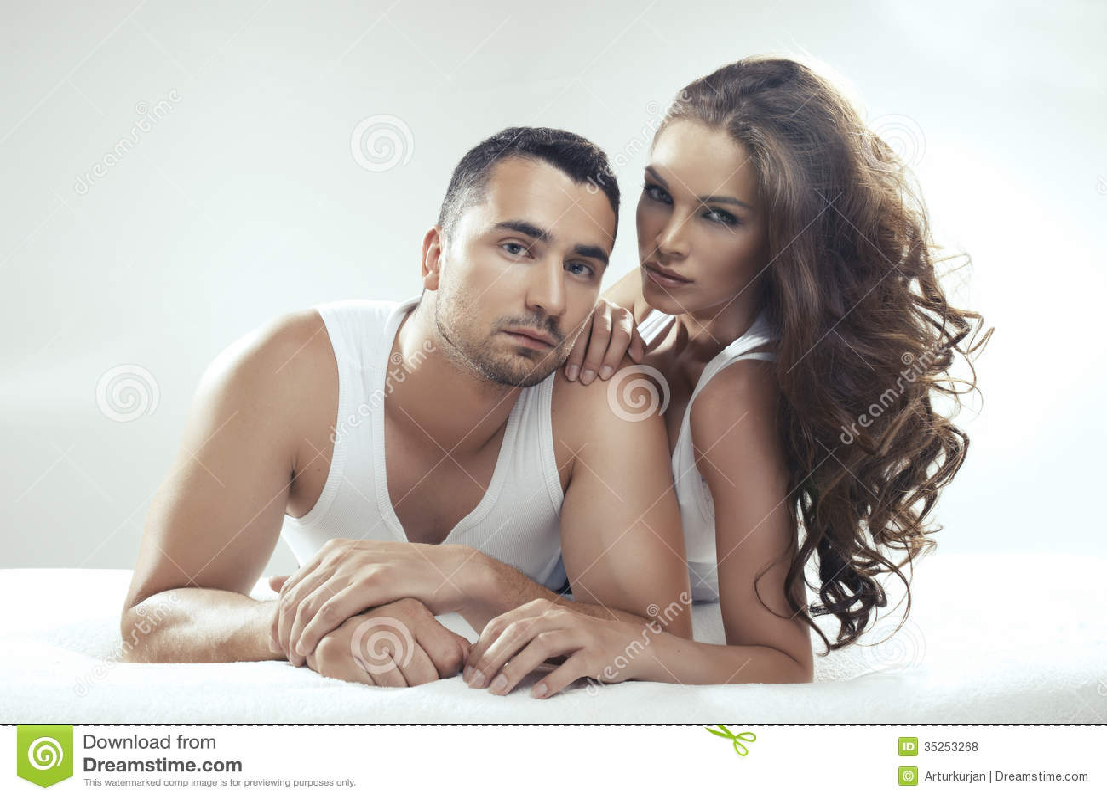 Волосатая пизда в сперме фото - Частное порно фото