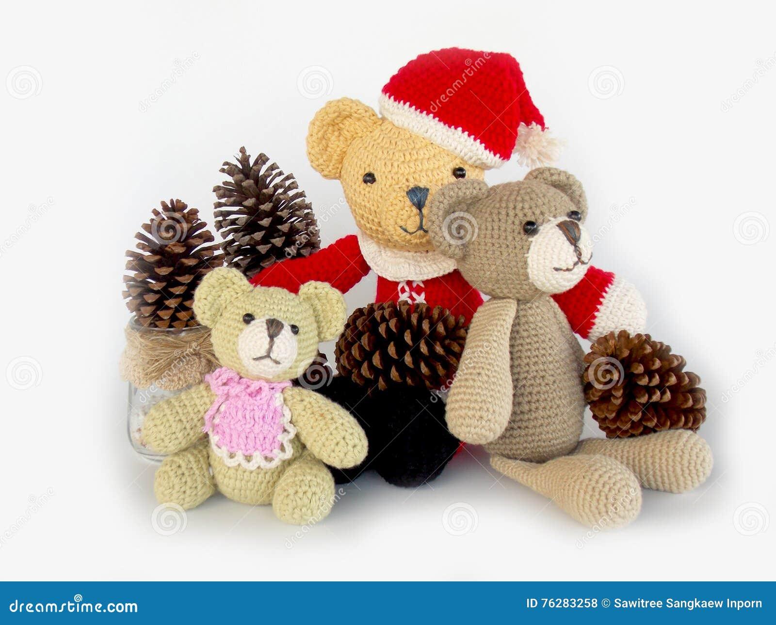 Crochet Corner: Graduation Teddy - All About Ami | 1065x1300