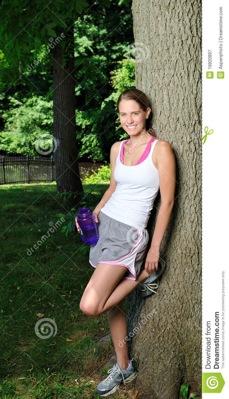 ... Under A Tree To Drink Royalty Free Stock Photography - Image: 19920897