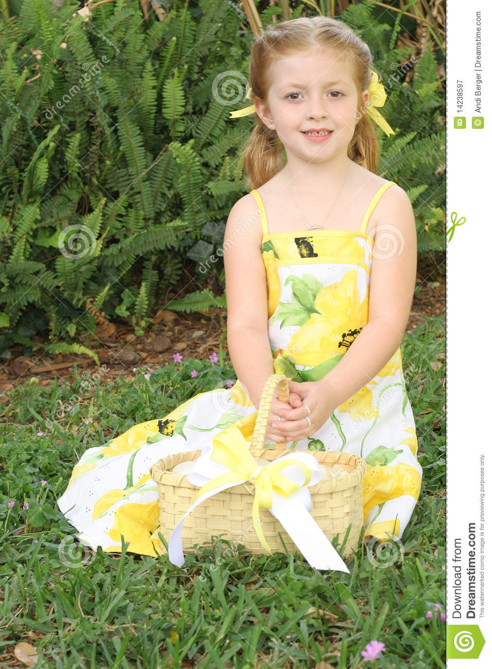 Cute Flower Girl In Yellow Dress Stock Image Image Of Pretty Bows