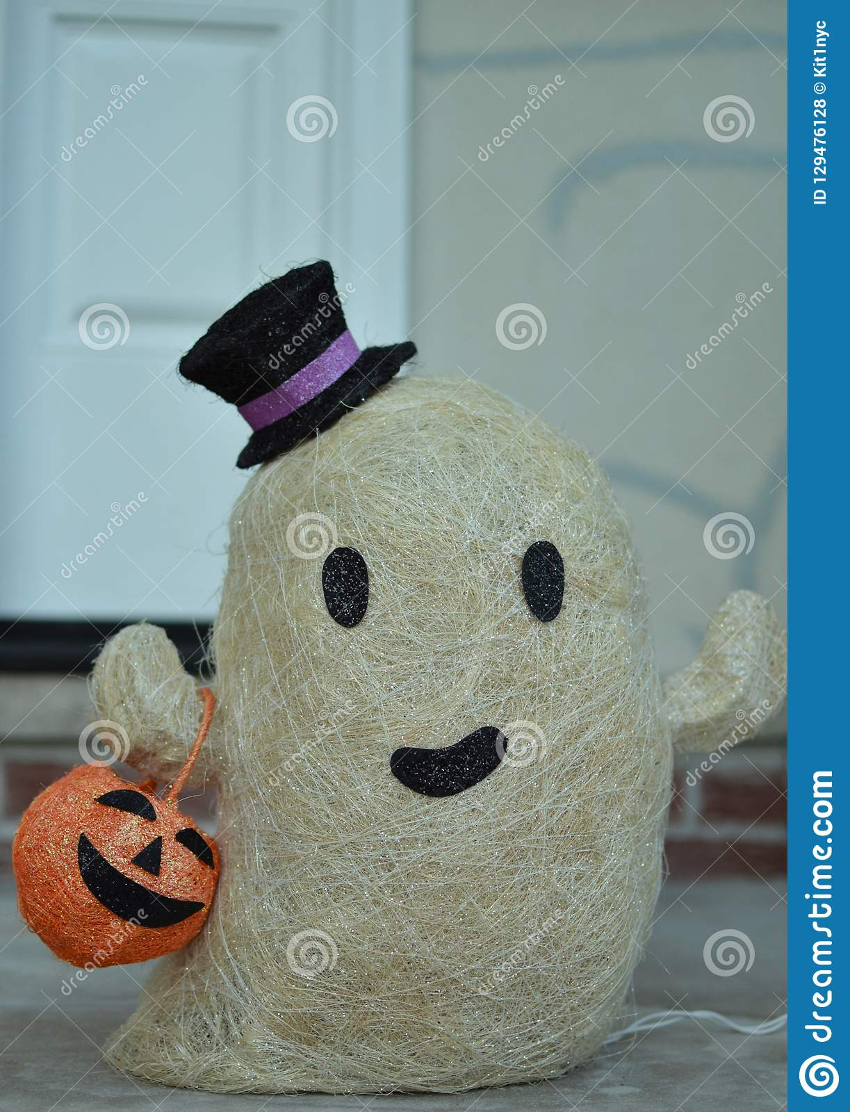 Cute Friendly White Ghost Halloween Decoration For Family And