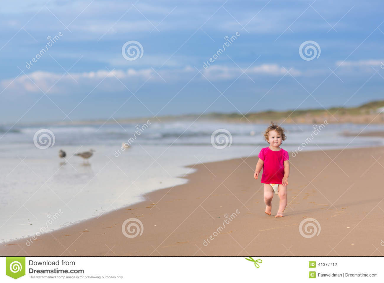 Funny Running Pictures Little Girl Cute Funny Baby Girl R...
