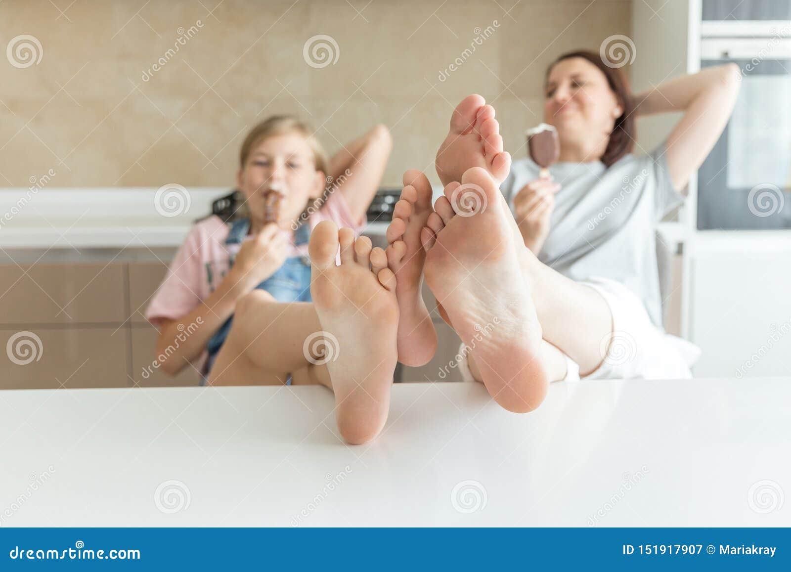 Feet cute teen 15 Pairs