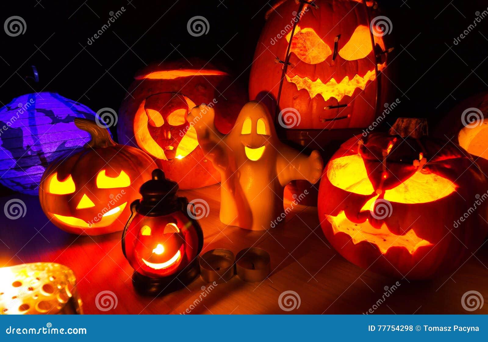 Cute Halloween Pumpkins At Night - Halloween Party Background ...