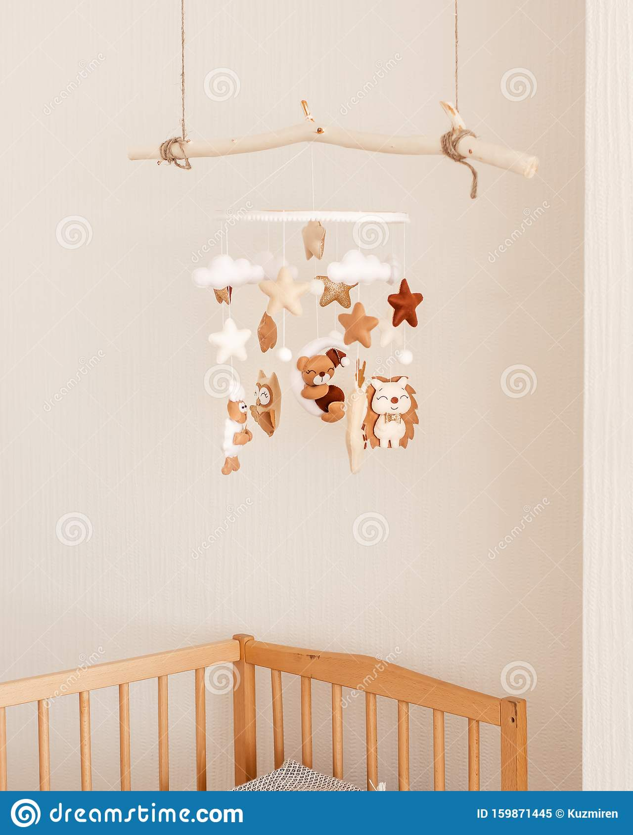 Boys girls handmade crochet baby childs nursery bedroom cot mobile owls star