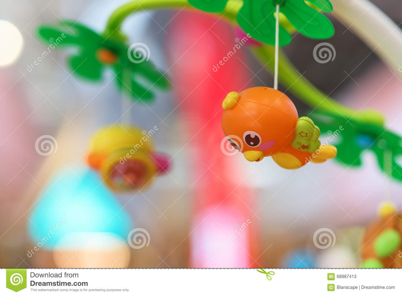 Cute hanging bird toy for baby
