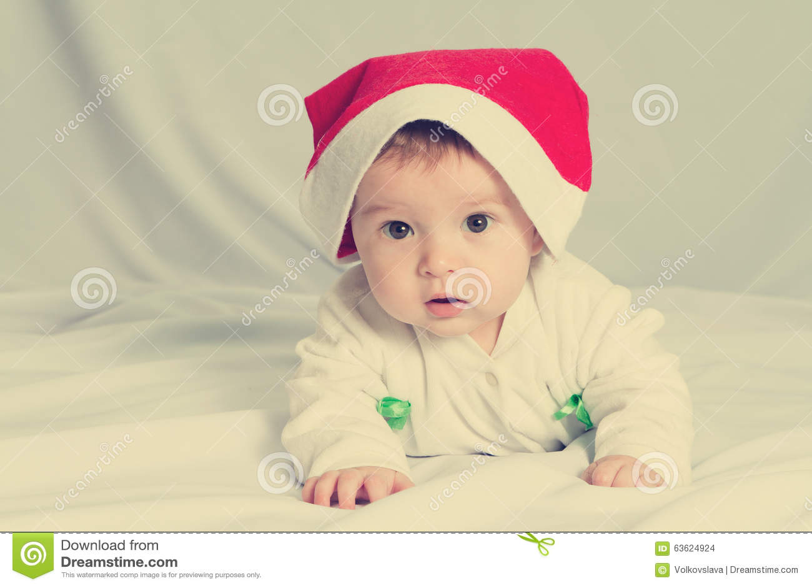 ca523dc4729 Cute Happy Newborn Baby In Christmas Hat Stock Photo - Image of ...
