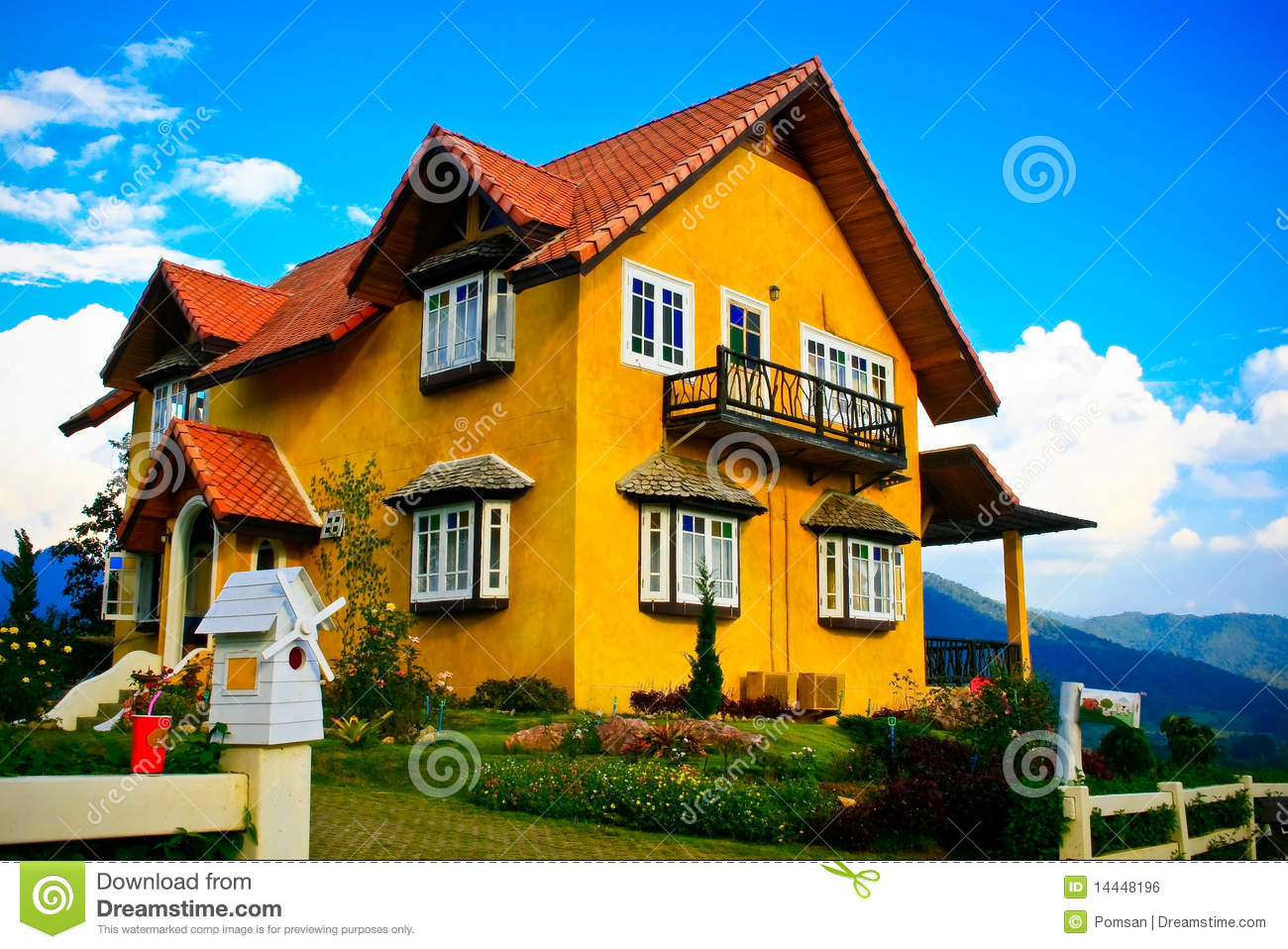 Cute house royalty free stock image image 14448196 for Big cute houses