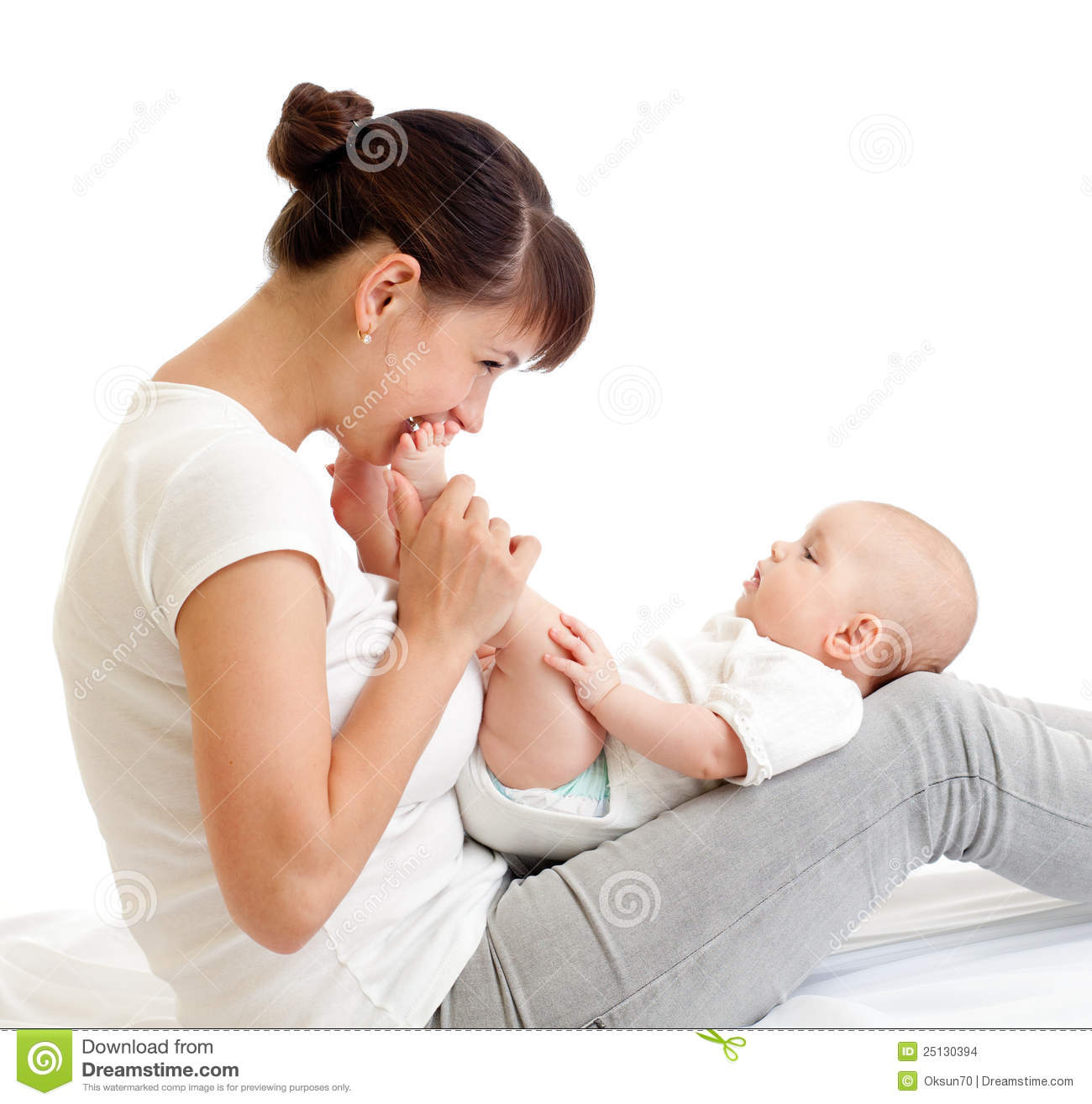 how to give mother feed to baby