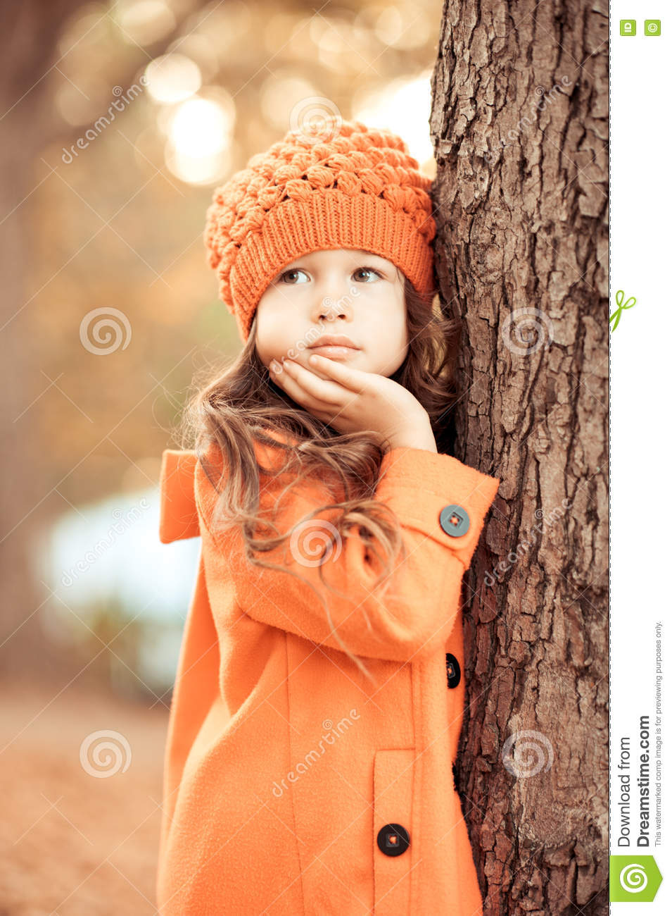 56415e799 Cute Kid Girl Wearing Winter Clothes Outdoors Stock Photo - Image of ...