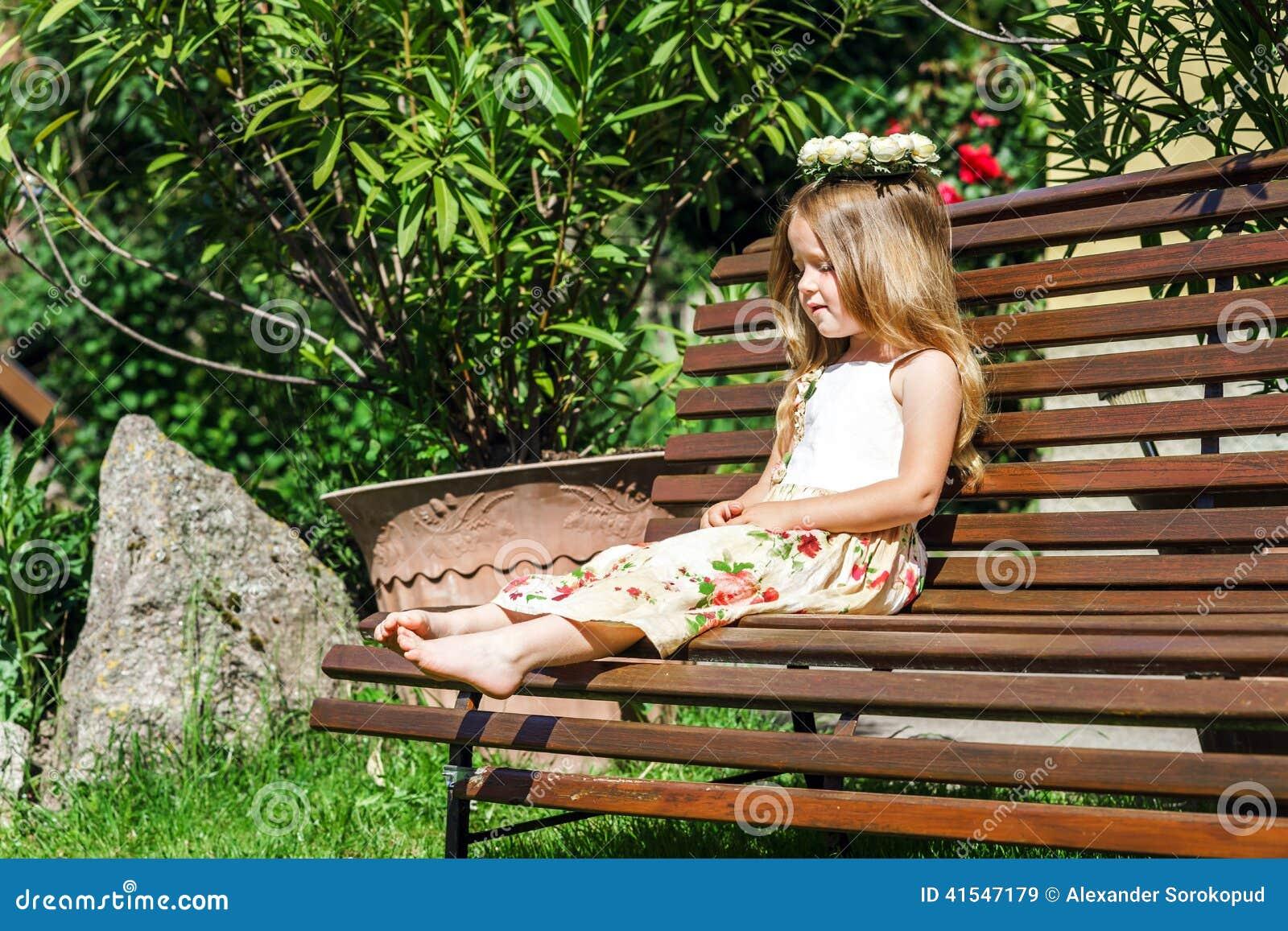 Cute Barefoot Images Usseek Com