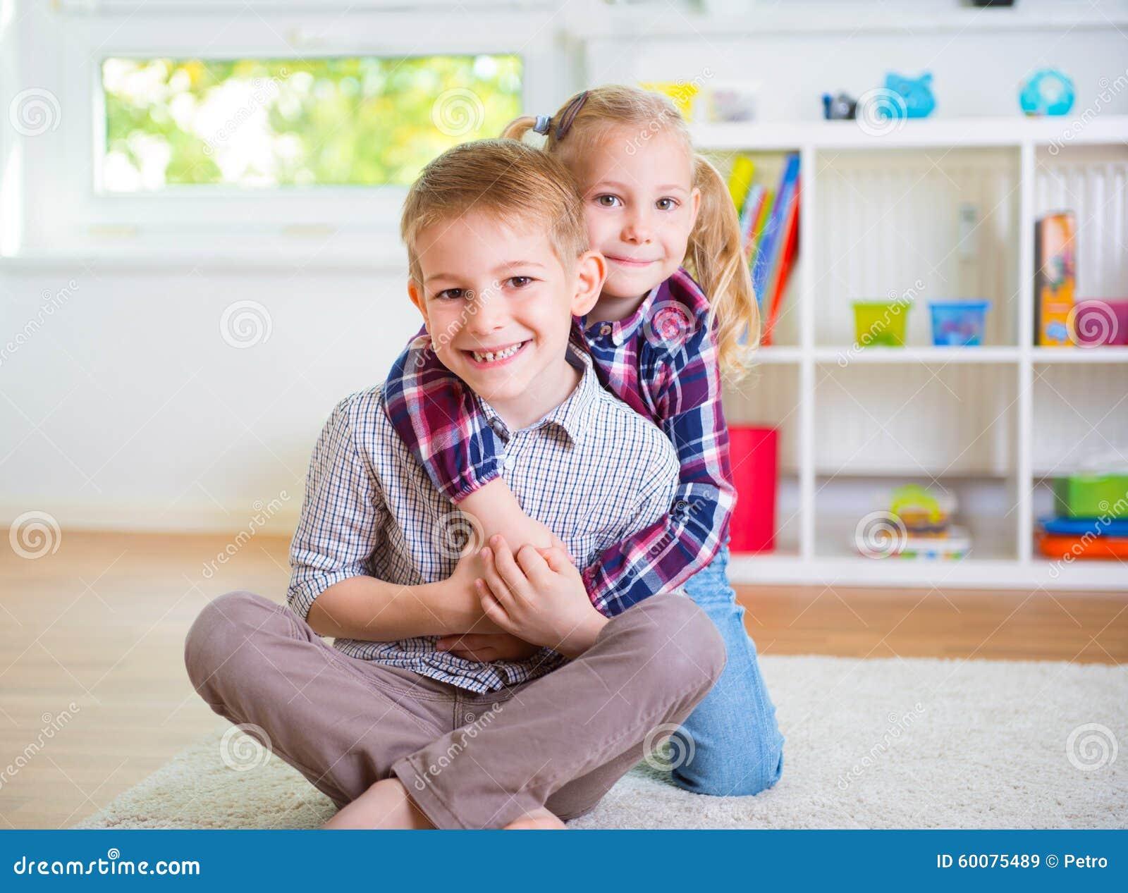 Русский инцест родного брата с сестрой, Инцест брата с сестрой 22 фотография