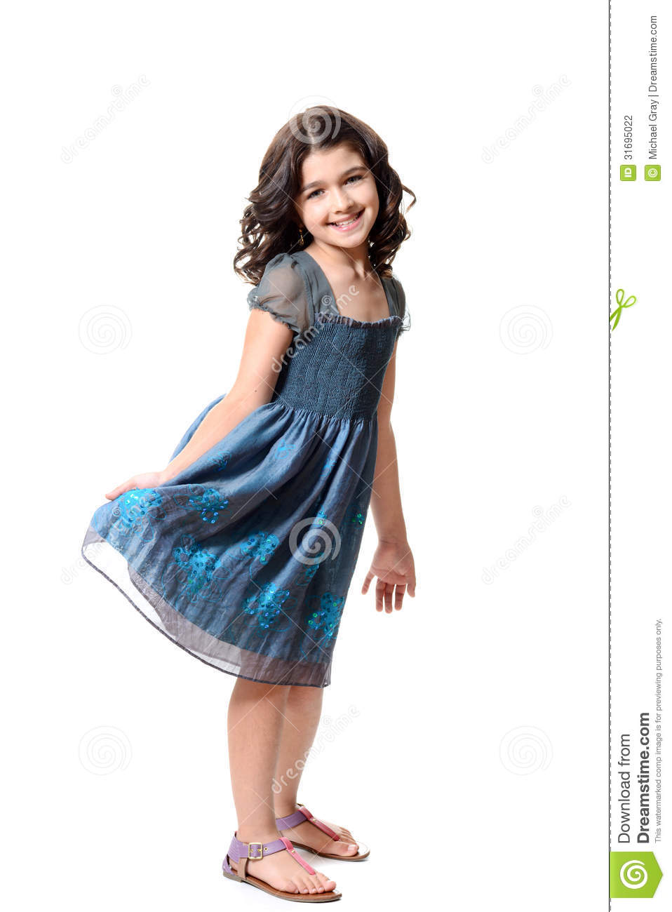 Cute dresses for girls have never been more creative or magical. This amazingly cute girls style resembles a pinwheel! Children love playing with pinwheels, which is why people often say that our cute dresses for girls are like wearing a toy.