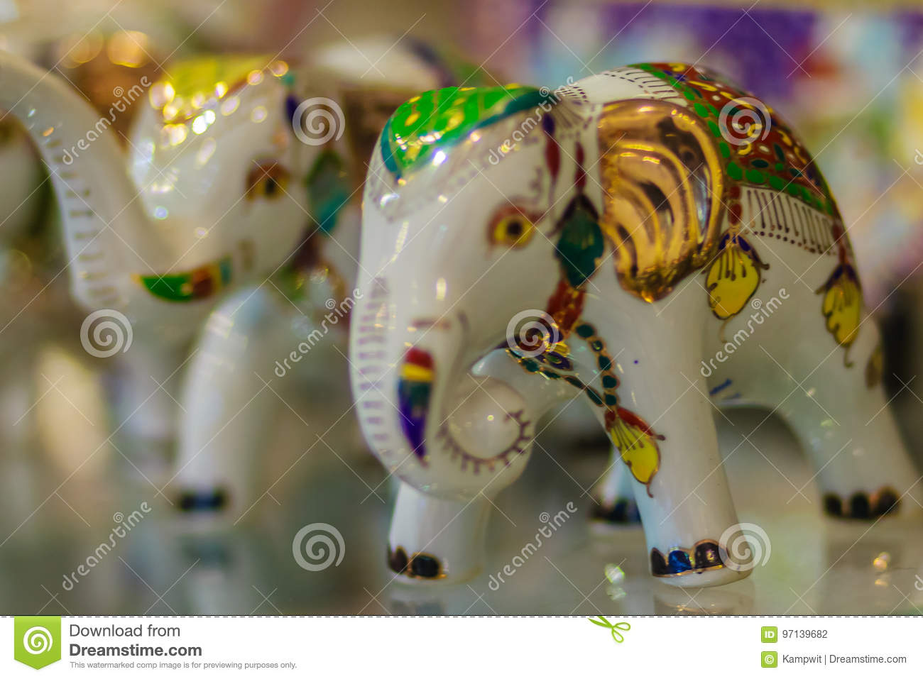 Perfect Cute Porcelain Ceramic Elephant Model For Sale, Premium Souvenir