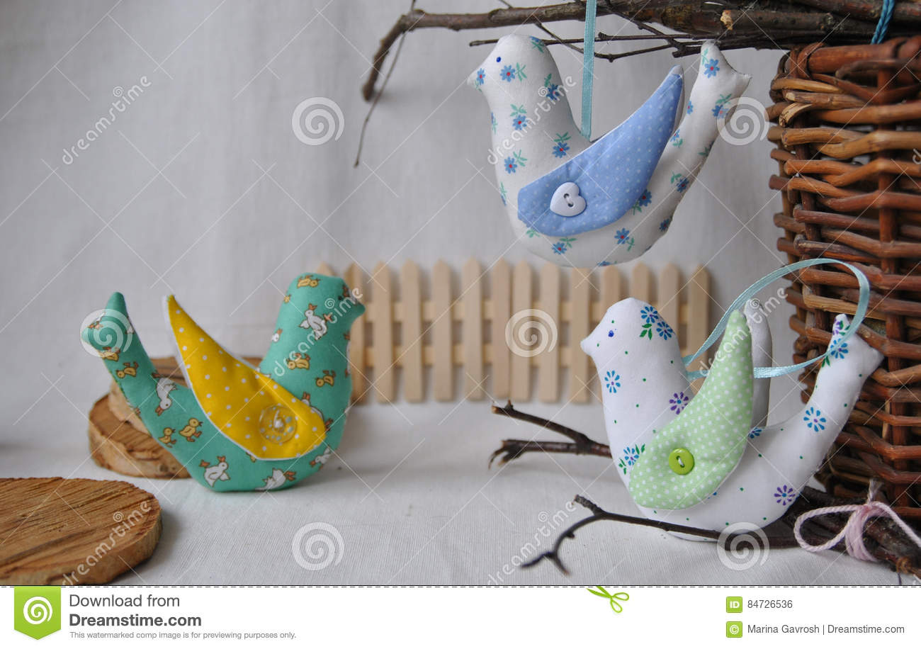Easter decorative chocolate and chicken eggs in the nest for Hand work decoration
