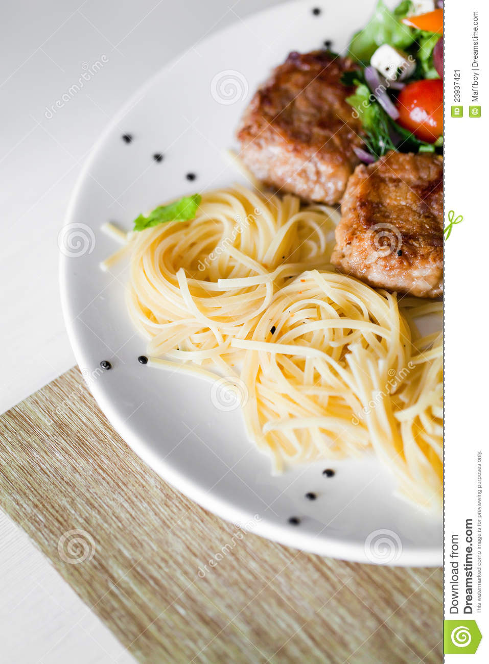 Cutlet and pasta