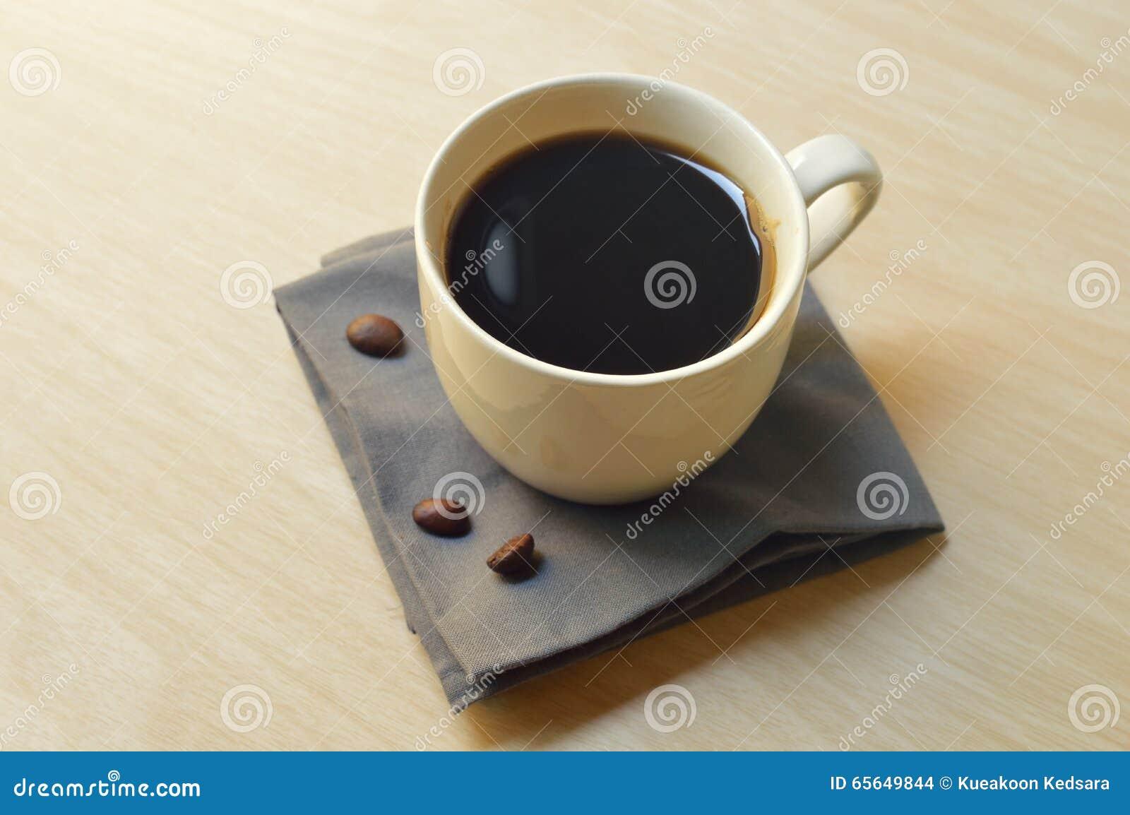 Cuvette de café chaud de café express