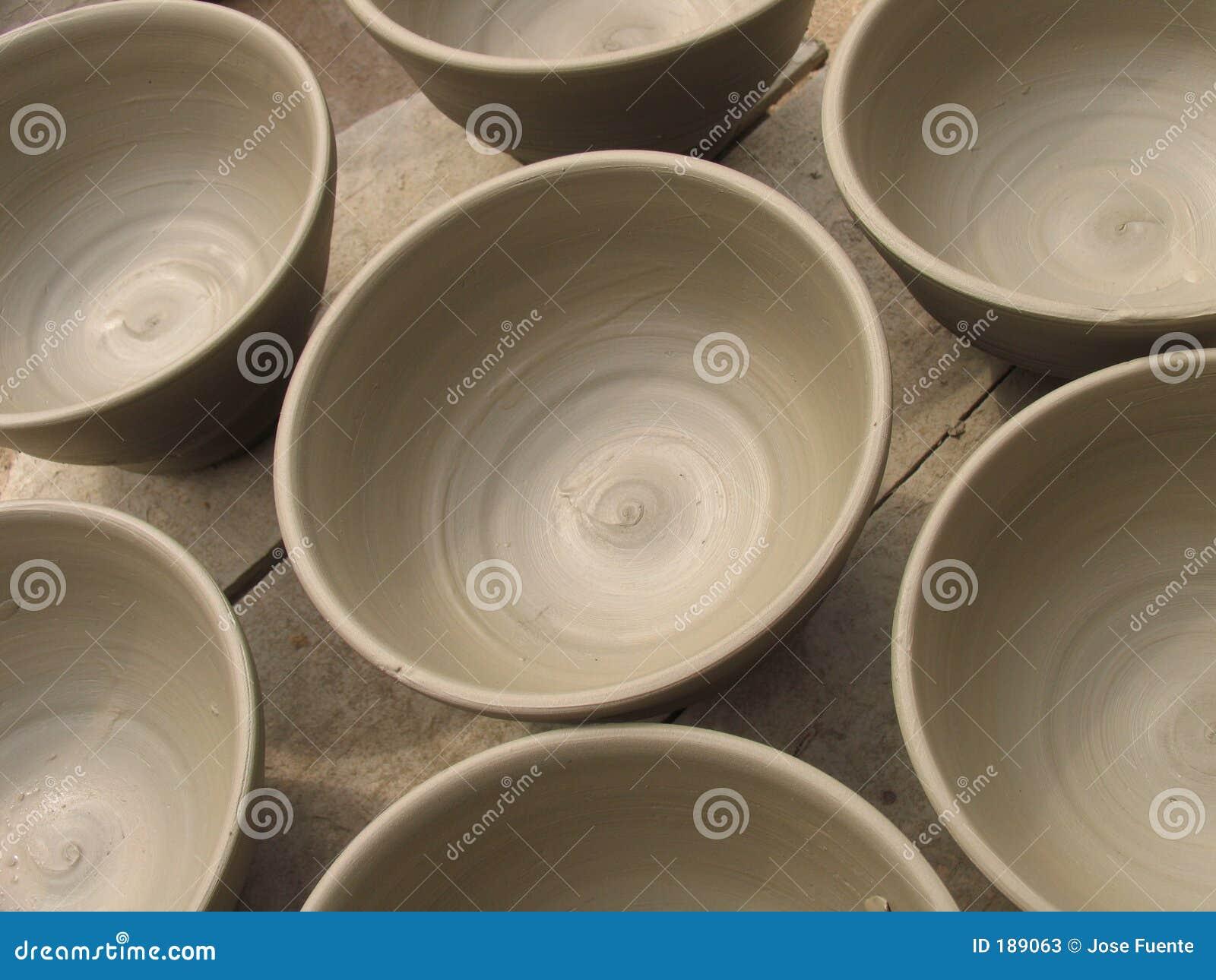 Cuvettes en céramique