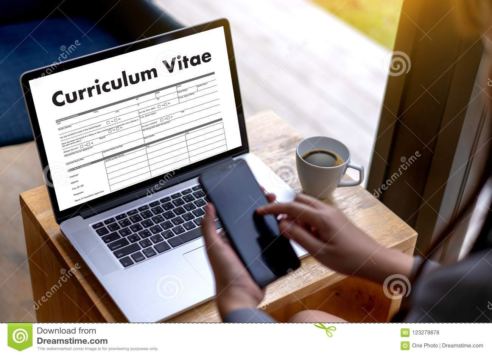 CV - Program - vitae (begrepp för jobbintervju med beträffande affärsCV