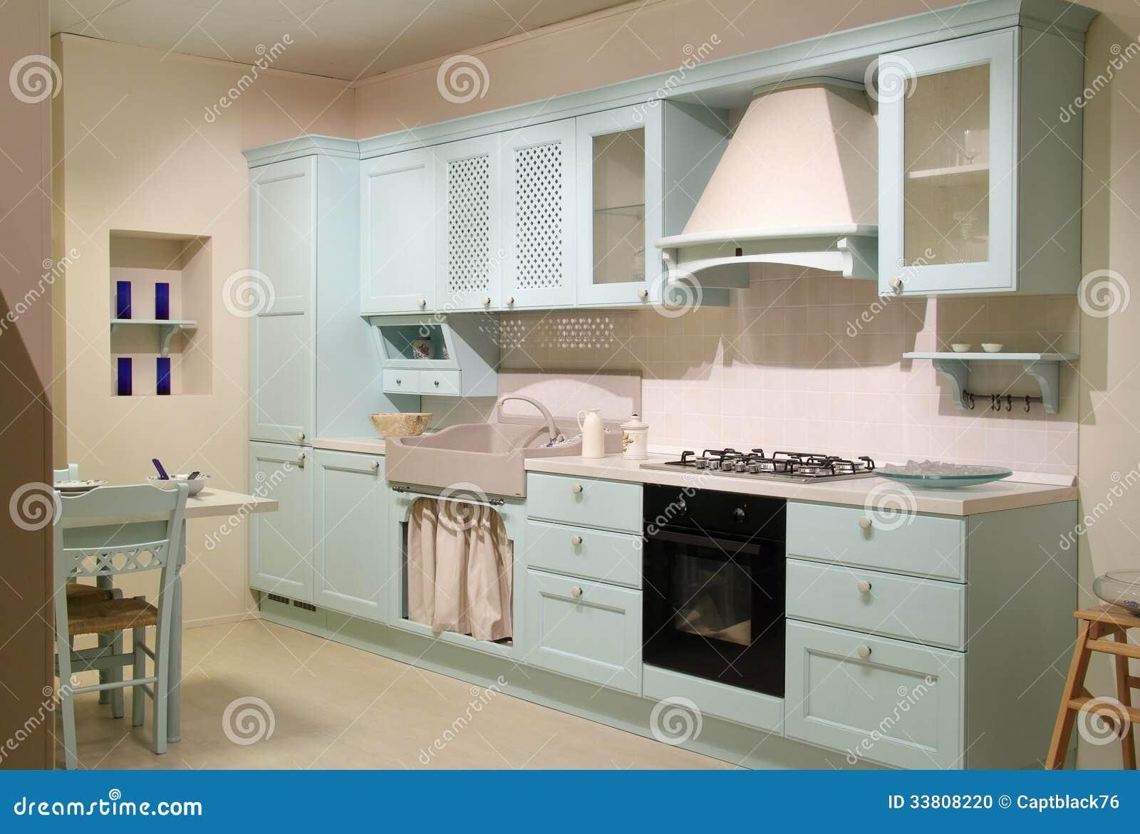 Cyan-blaue Küche Des Landhausstils Stockfoto - Bild: 33808220
