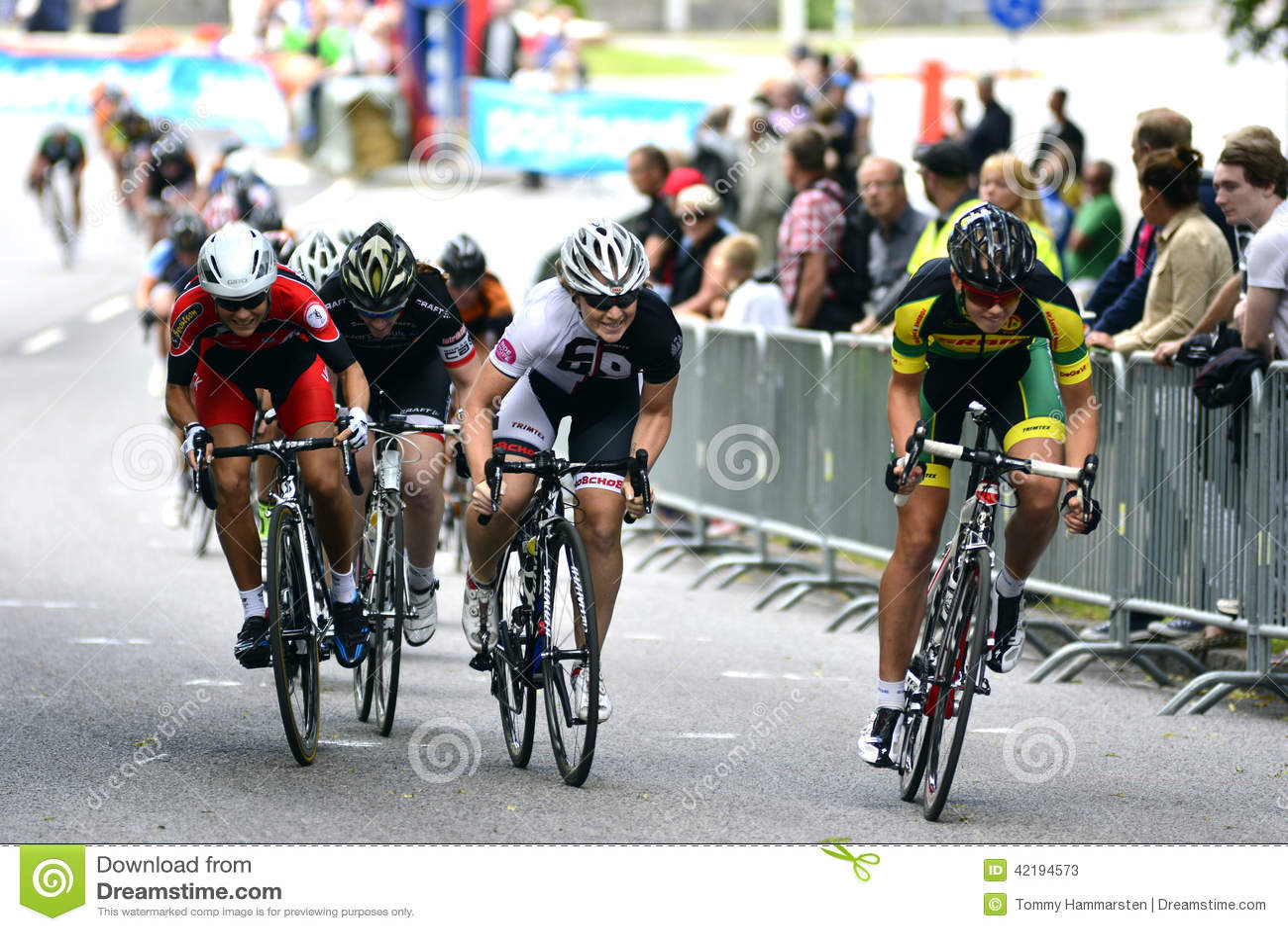 Cycling ladies