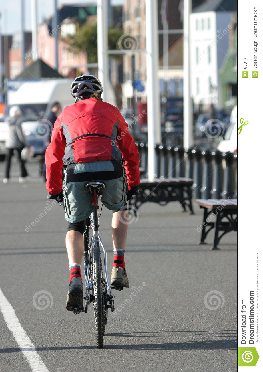 Download Cycliste image stock. Image du path, route, vélo, cycle - 65317