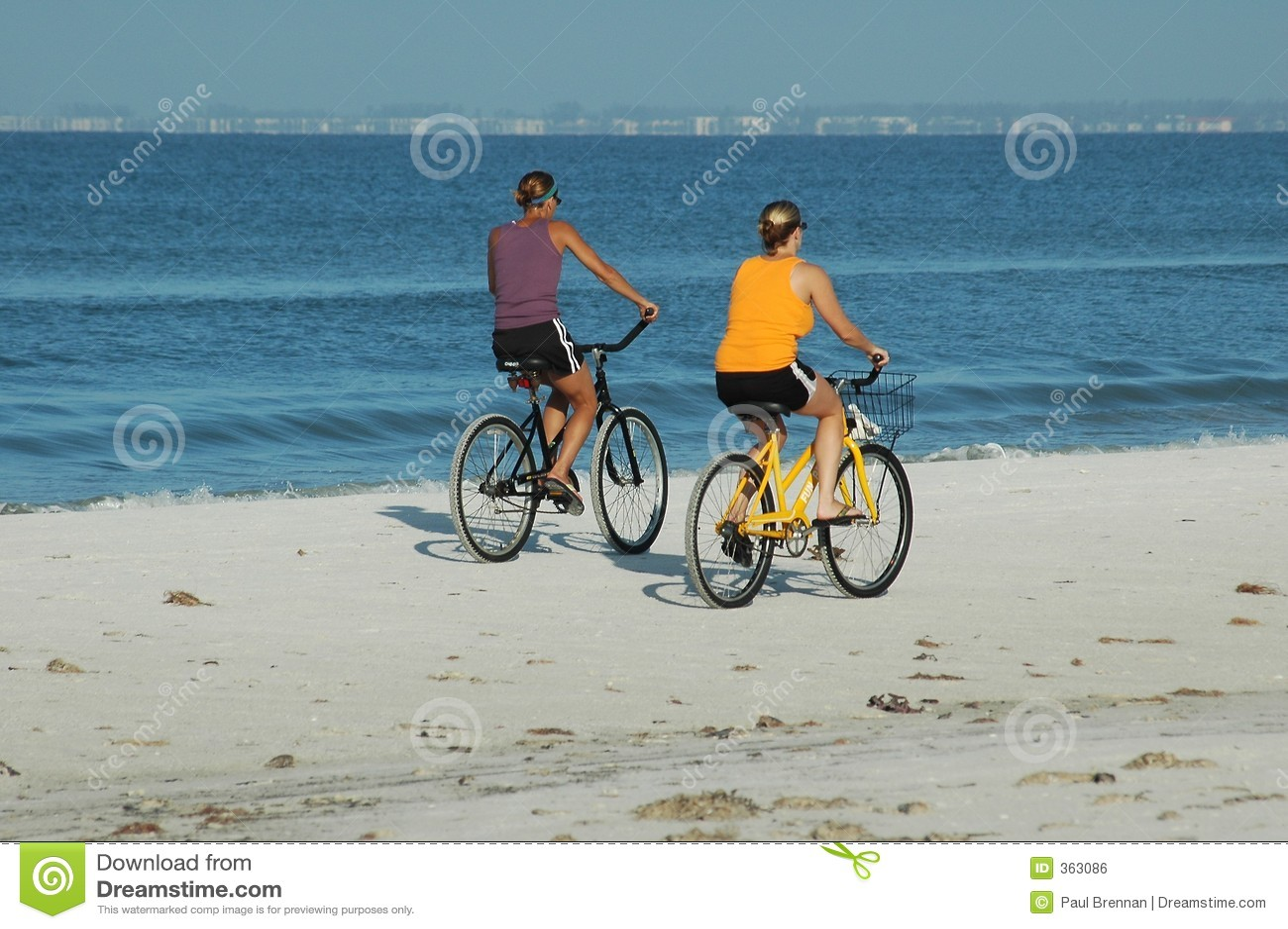 Cyclistes de plage