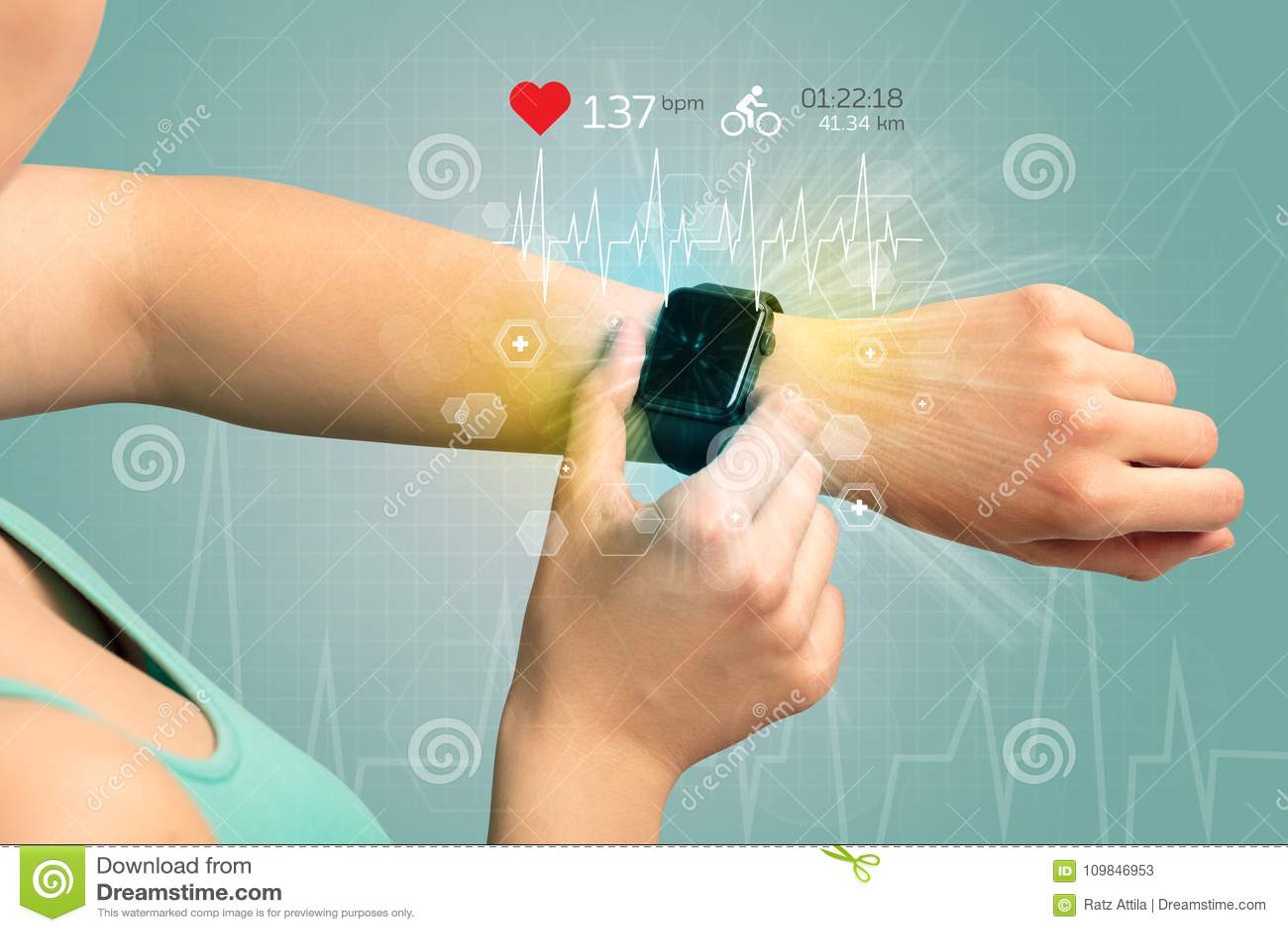 Cykl i smartwatch pojęcie