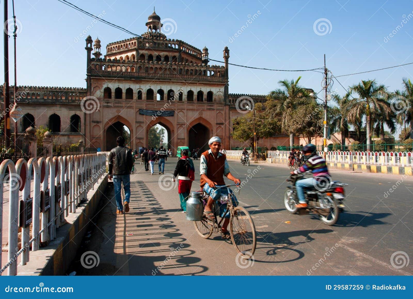 Cyklisten kör förflutna famousenyckeln i Indien