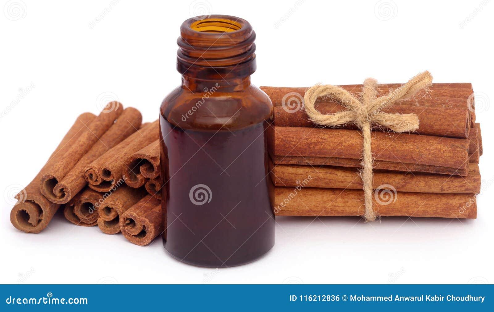 Cynamon z istotnym olejem