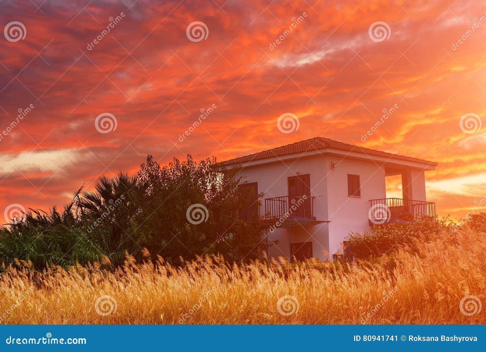 Cypern färgrik soluppgång