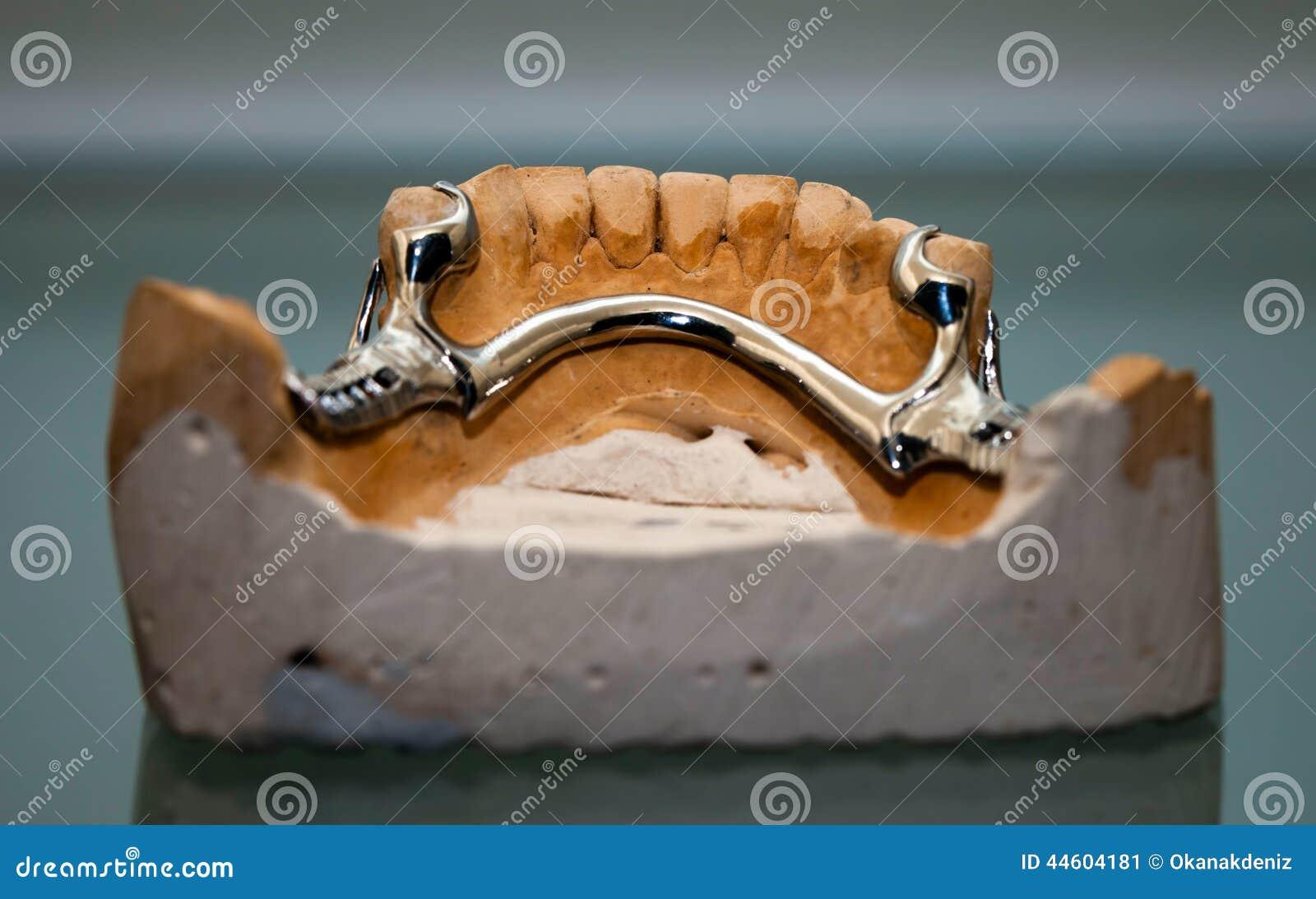 Cyrkon porcelany zębu talerz w dentysty sklepie