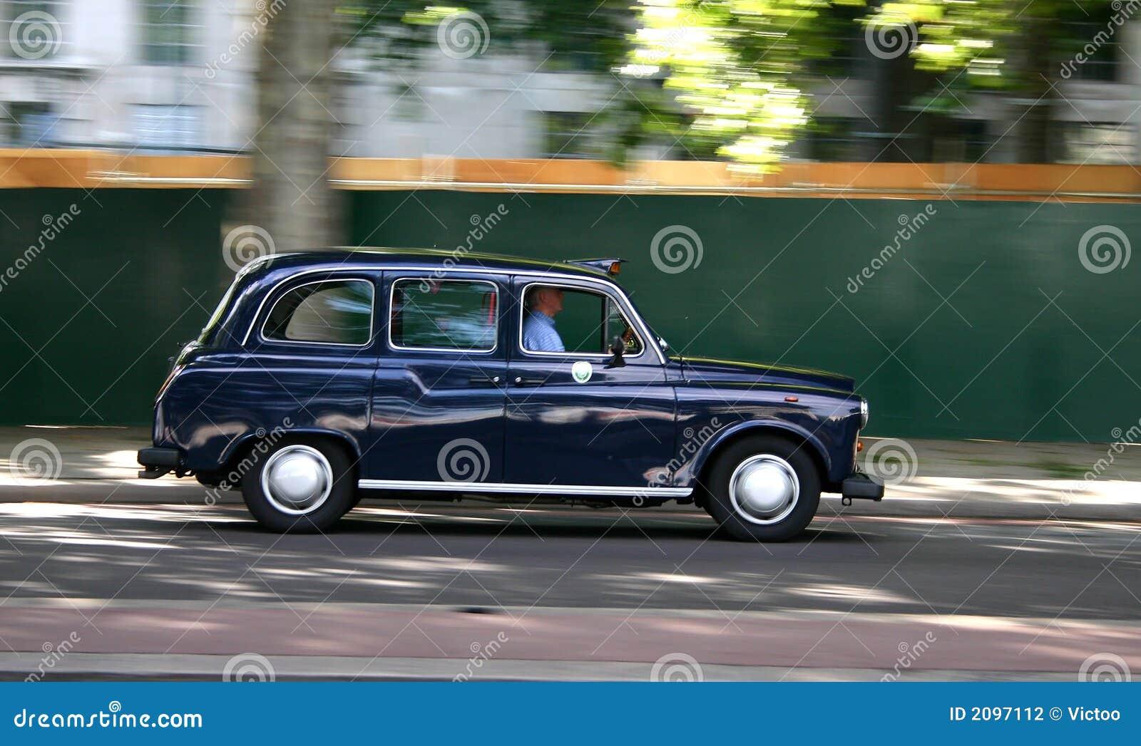 Czarna taksówkę