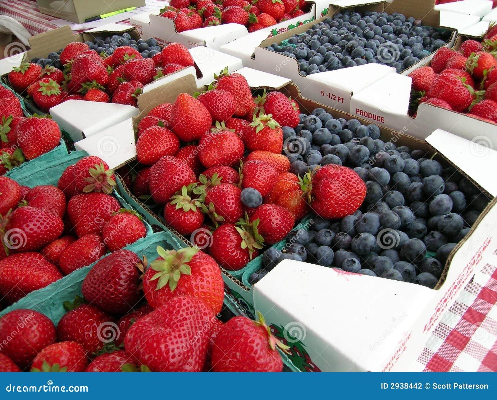 Czarne owoców truskawki
